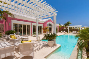 Luxury Pool One Bedroom Suite