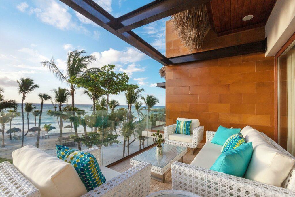 Beachfront One Bedroom Suites